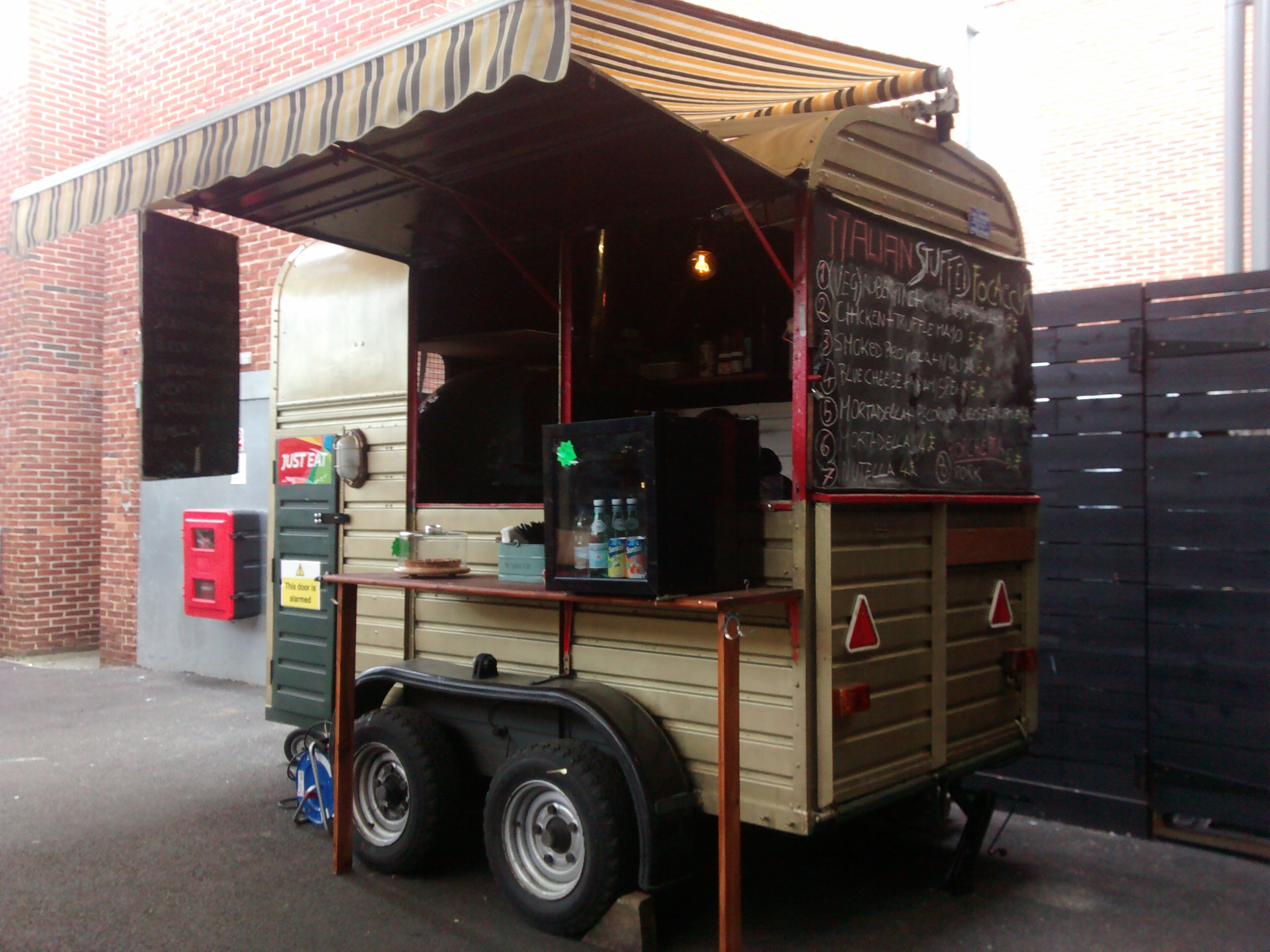 Vintage Horse Trailer Converted To Pizza Business In London