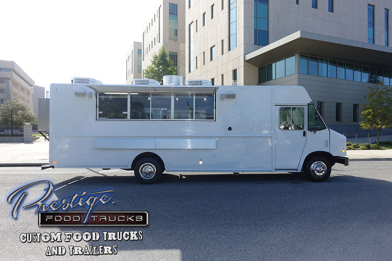 2017 Ford Gasoline 22ft Food Truck 165 000