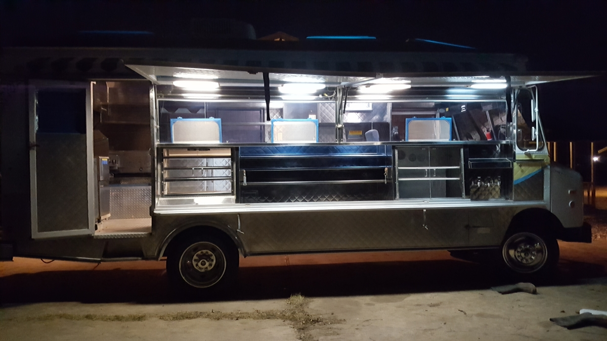 1995 gmc food truck cali style for sale near austin texas. Black Bedroom Furniture Sets. Home Design Ideas