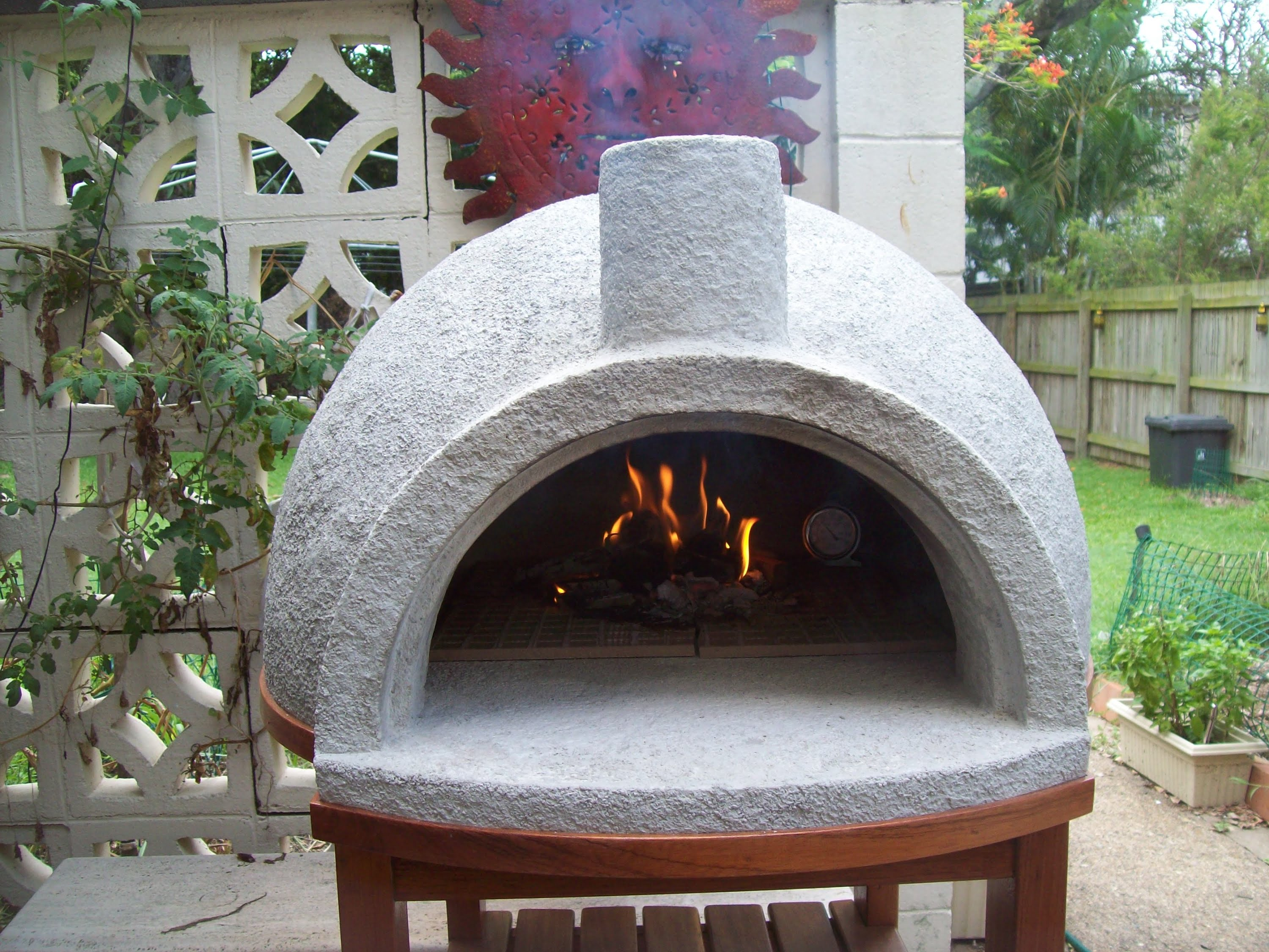 vermiculite-pizza-oven - https://foodtruckempire.com/ on Outdoor Patio With Pizza Oven id=48444